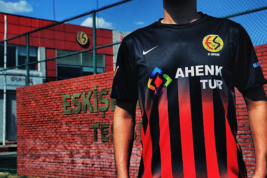 Eskişehir E-Spor Forması