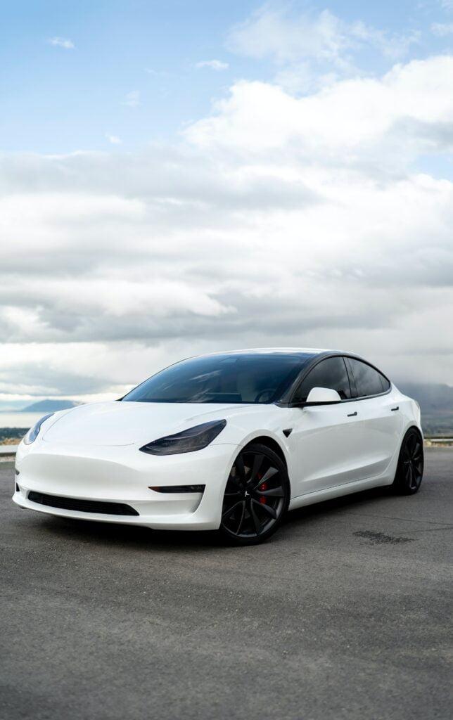 Tesla Hisseleri Düşüşte