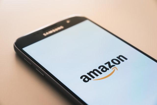 Amazon'dan Avuç içini Göstererek Ödeme Hamlesi