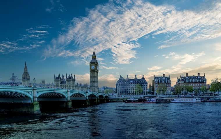 Birleşik Krallık 5G Teknolojisi Üzerinde Çalışıyor