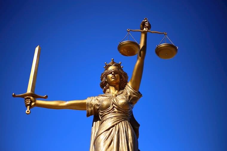Yasal Analitik