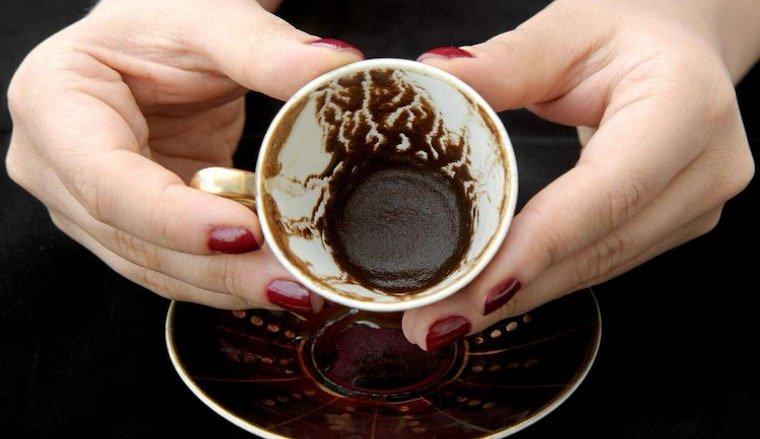 Ücretsiz En İyi 7 Kahve Falı Uygulaması