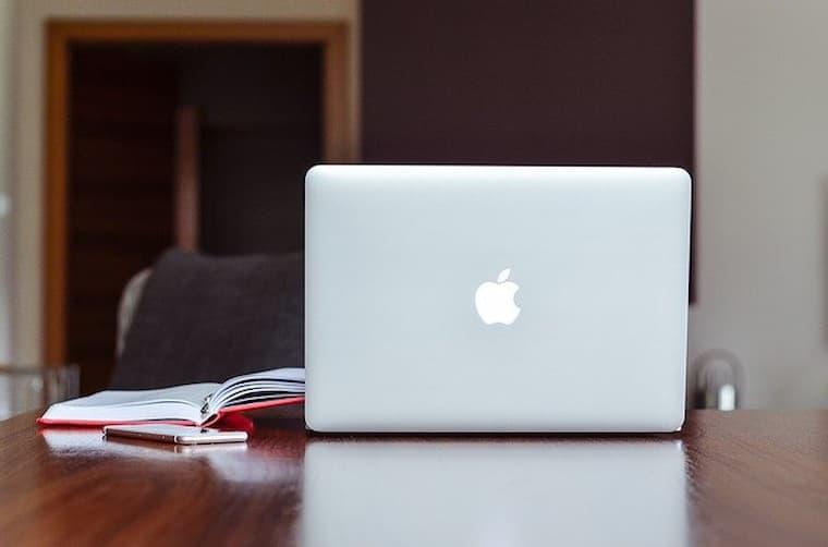 Bilgisayar Mühendisliği Öğrencileri İçin En İyi Laptoplar Listesi