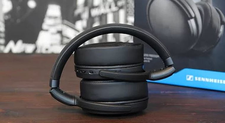 En İyi Bluetooth Kulaklık Markaları Sennheiser HD 4.40 BT